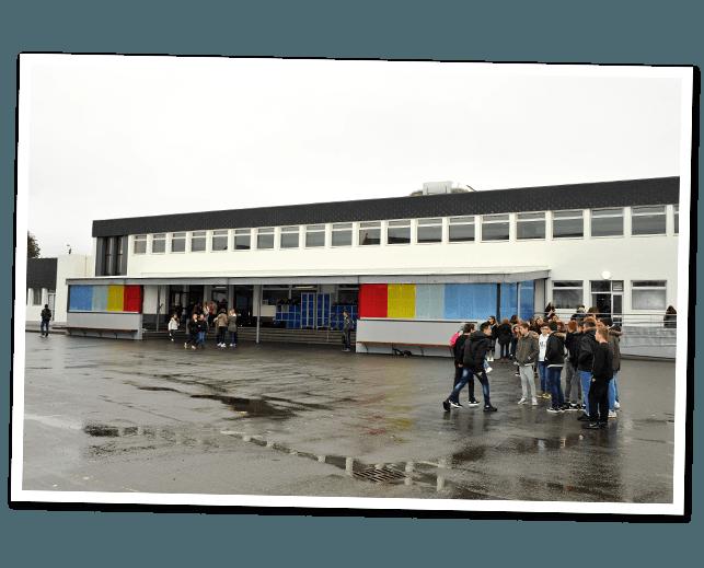 Collège Saint-Antoine Lannilis de 1968 à 1989 de 1995 à nos jours